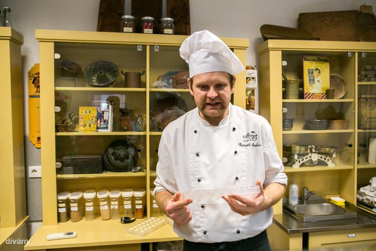 Haraszti Andor, a Szamos manufaktúra csokoládémestere avatott be minket a szaloncukorkészítés rejtelmeibe
