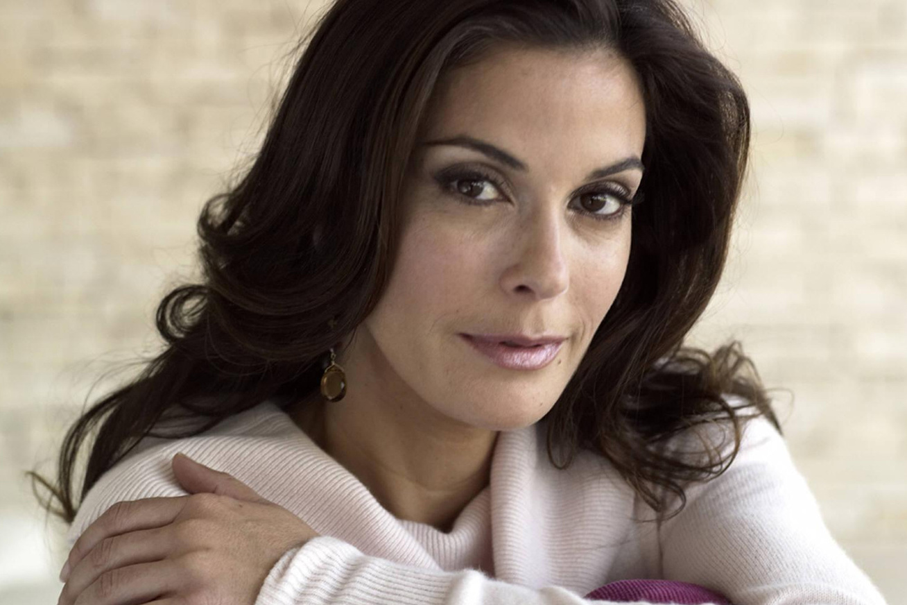 teri-hatcher-botox-cover