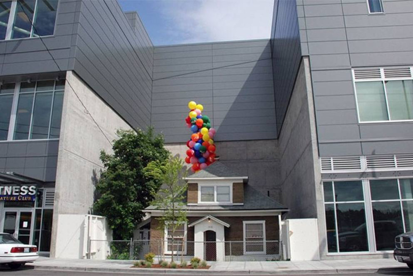 Ismerős ez a ház? Edith Macefield telkéért több mint egymillió dollárt adtak volna, ő mégsem költözött: ez a hely adta az ihletet a Fel! című rajzfilm házához.