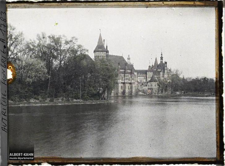 Vajdahunyad vára és az egykori tó