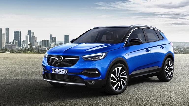 BMW-motort kap a franciáktól az Opel