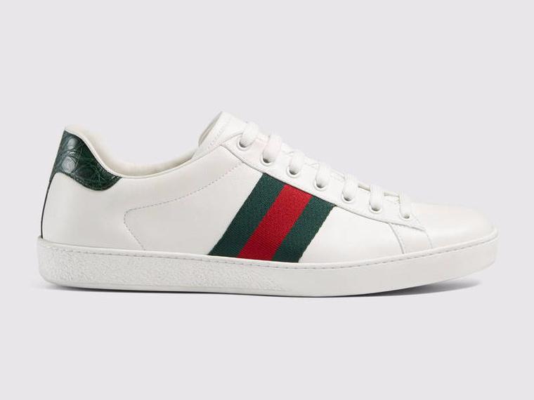 Sajnos átlagosan 550 dollárba, körülbelül 145 ezer forintba kerül a Chesky féle Gucci cipő.