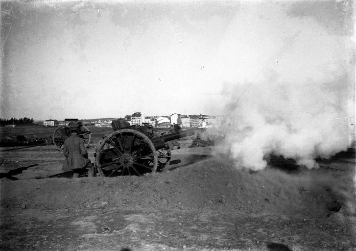 A heves ágyútűz rettegésben tartotta a tisztes lisszaboni polgárokat.