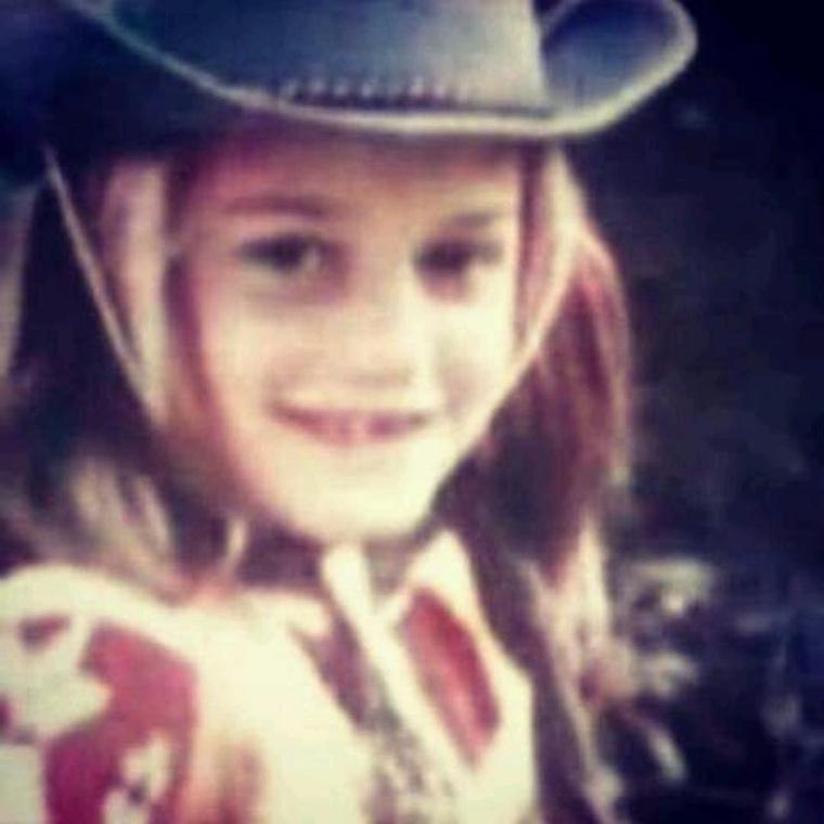 Na, és ki ez a cowboy-kislány, illetve cowgirl?