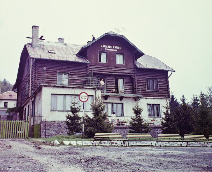 A turistaház régen