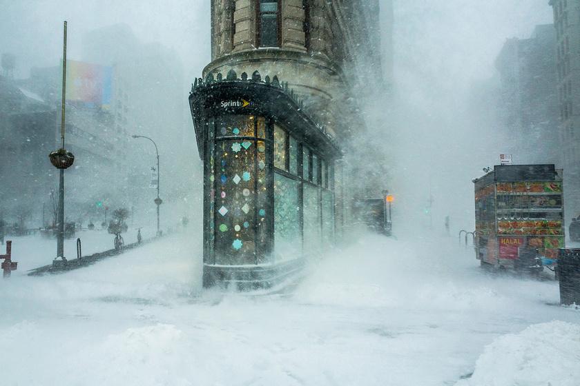 Flatiron épület a hóviharban. Építészet és városi terek kategória - 1. díj