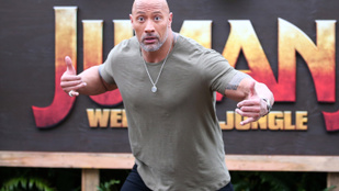 Dwayne Johnson csillagot kap a hírességek sétányán