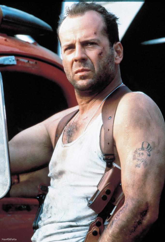 John McClaneBruce Willis jó sok világsztárnak lehet hálás azért, hogy végül ő kapta a Die Hard főszerepét