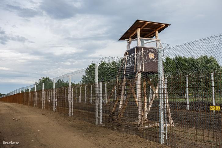 Határkerítés a szerb-magyar határon
