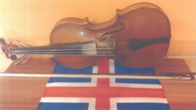 lead hegedű