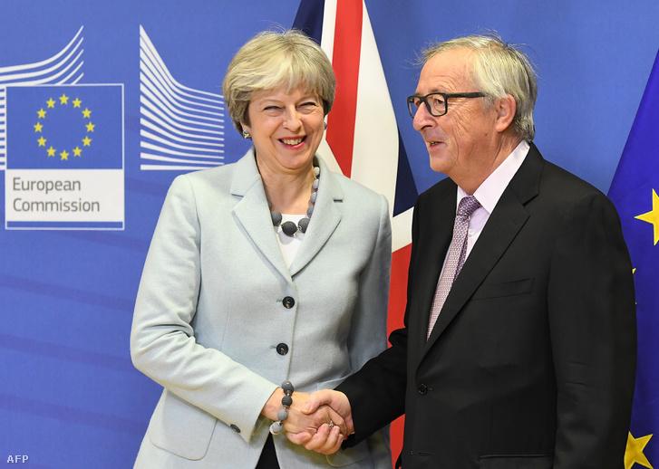 Theresa May és Jean-Claude Juncker