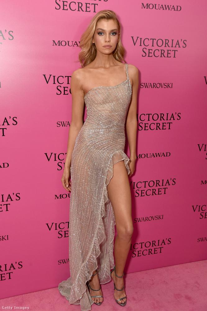 A Victoria's Secret sanghaji afterbuliján ott volt Stella Maxwell modell is