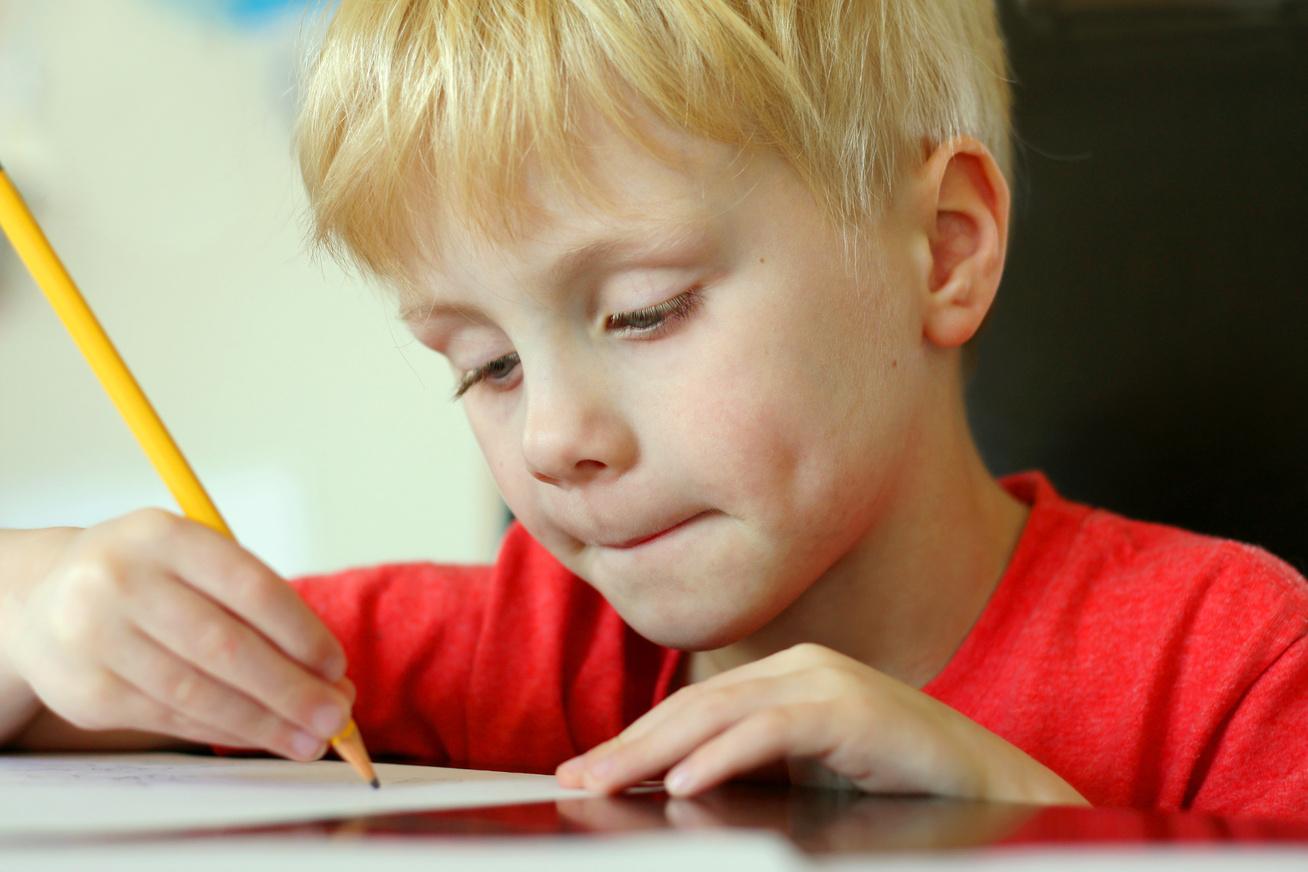 ceruza-gyerek