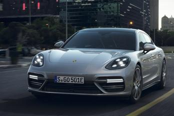Váratlanul sláger lett a Porsche adócsaló hibridjeiből