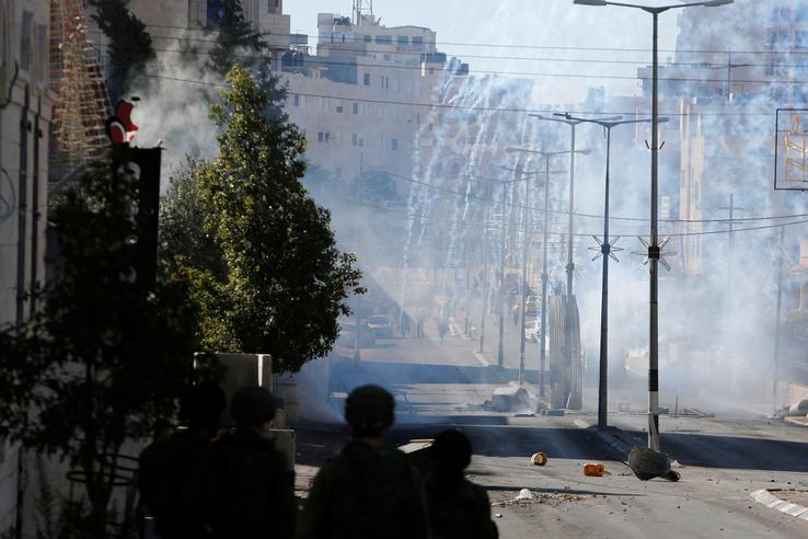 Egy sérült gyerekről számolt be Asraf al-Kedra, a gázai egészségügyi minisztérium szóvivője.