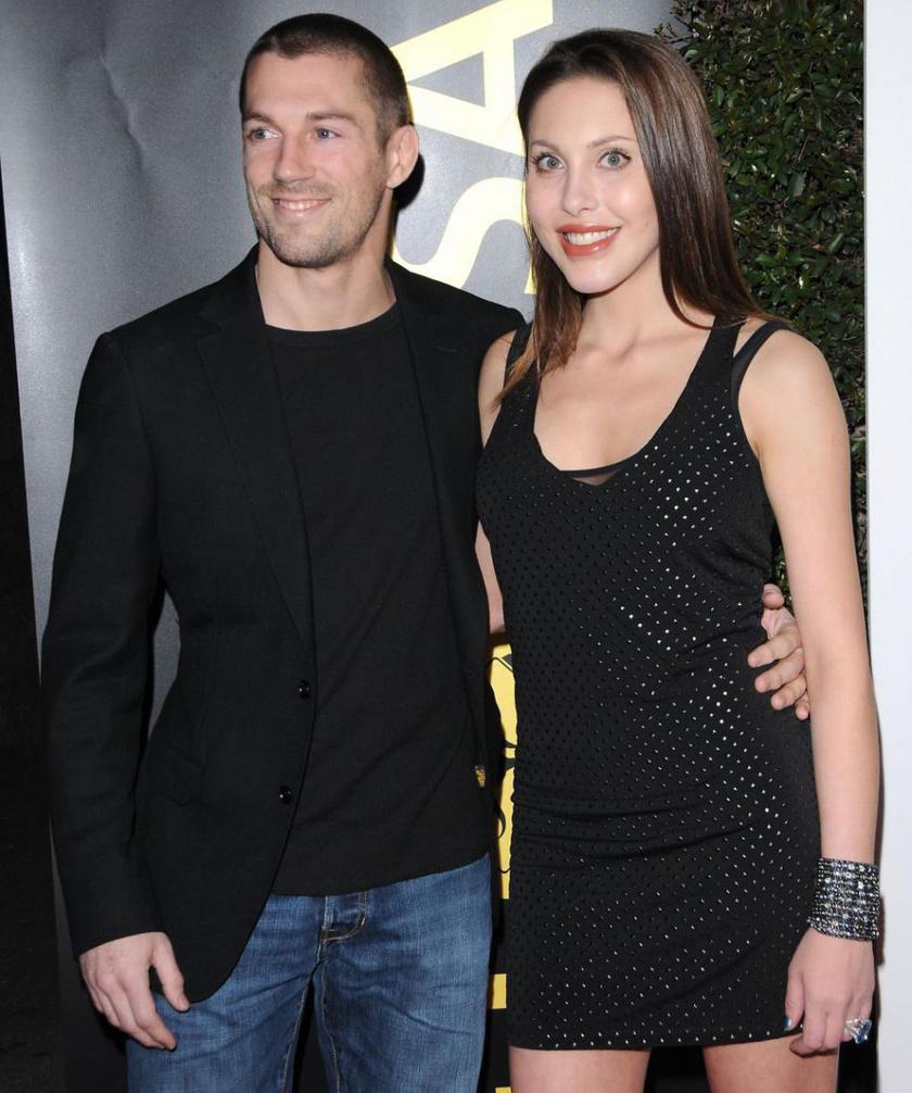 Chloe Lattanzi és férje, James Driskill.