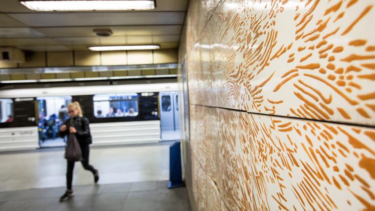 Szilveszterkor negyed 2-ig járnak a metrók