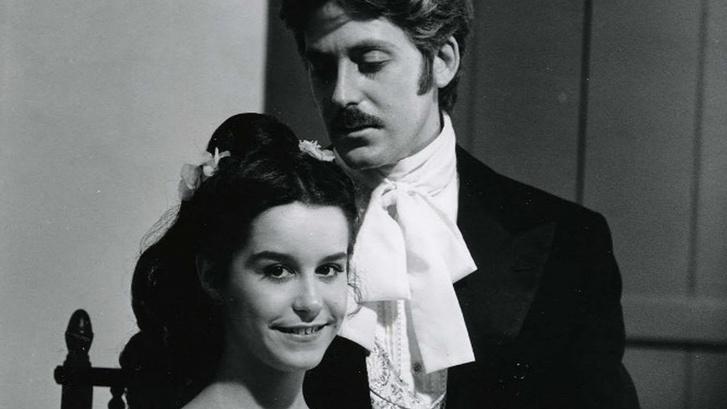 Isaura és sorozatbeli szerelme, Alvaro (Lucelia Santos és Edwin Luisi)