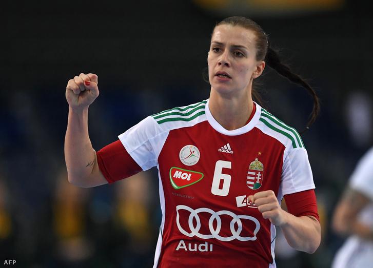 Schatzl Nadine a női kézilabda-világbajnokság nyolcaddöntőjében játszott Magyarország - Franciaország mérkőzésen Lipcsében 2017. december 10-én.