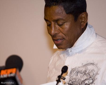 Jermaine Jackson jelentette be öccse halálhírét