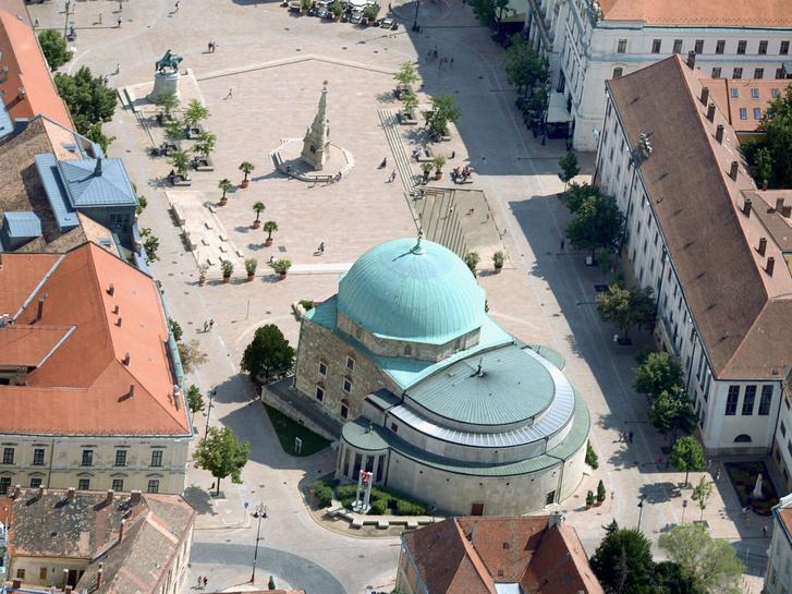 Pécs főtere