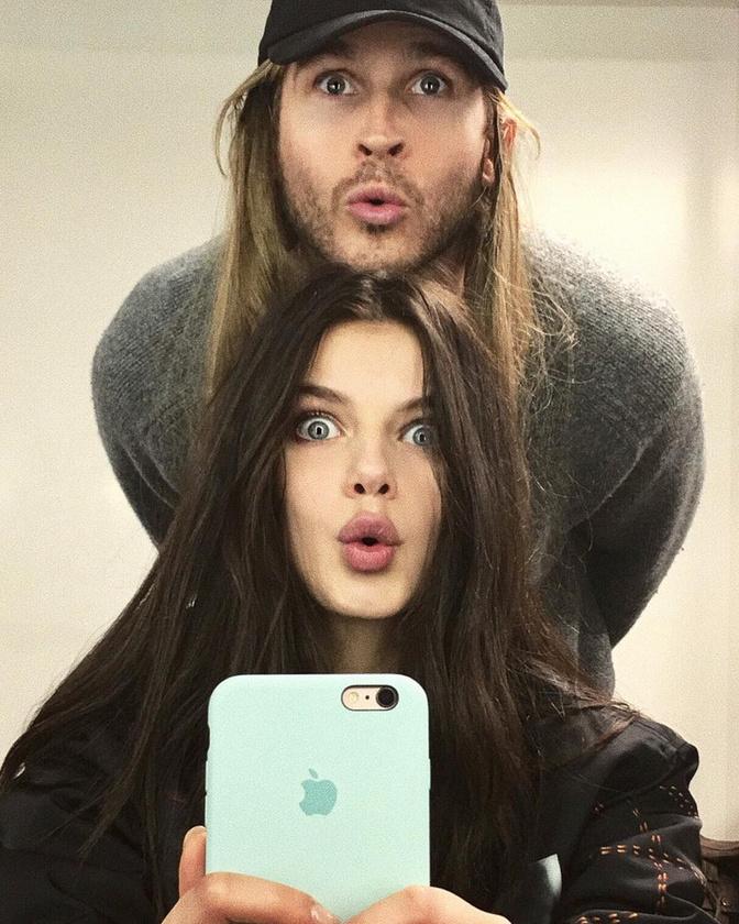 A két modell hasonlóságát már a Vogue és a Look magazin is kiszúrták, ennek pedig köze lehet ahhoz, hogy a fiatal lány egyre keresettebb manöken