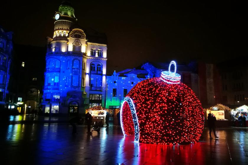 Személyes kedvencünk a vásárról: a karácsonyi gömb