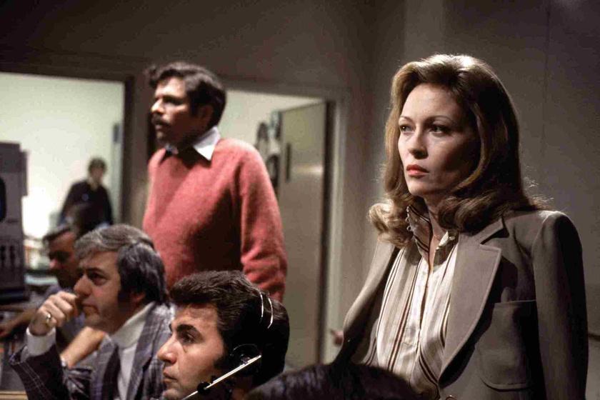 Faye Dunaway a Hálózat című filmben.