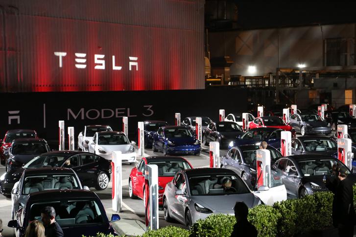 A Tesla szép lítiumhiányt idézett elő