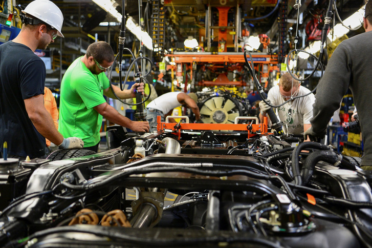 Auógyártás - az egyik súlyos CO2-termelő