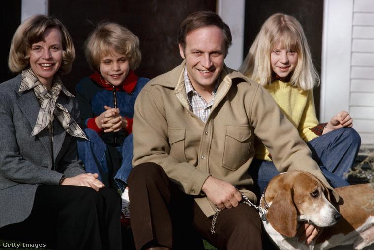 Ez a kép viszont 1978-ban készült Dick Cheney-ről és családjáról.