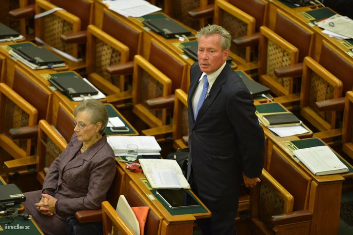 Pálffy István a Parlamentben 2013 szeptemberében