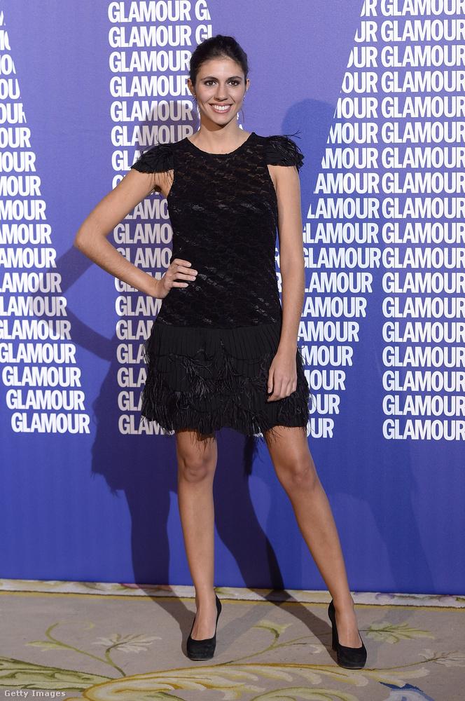 Kis fekete ruha Ana Cristina Portillón Madridban.