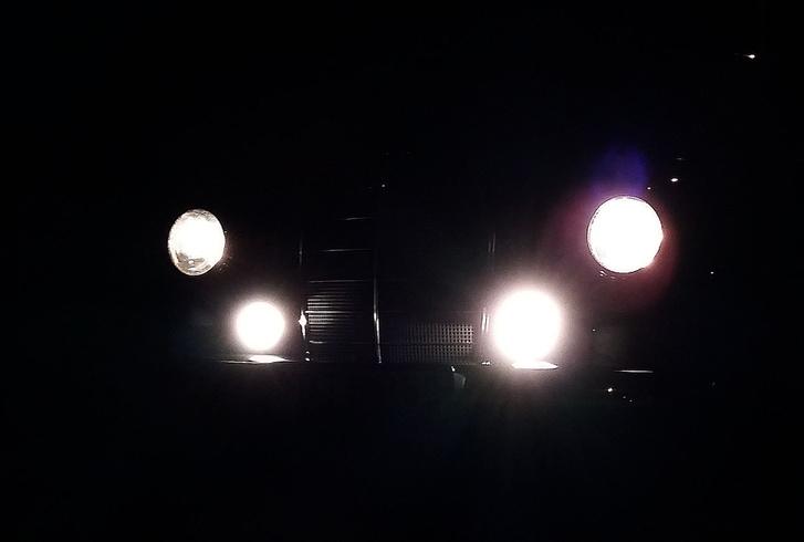 Az éjszakai kép a csöcsös Marchalokkal, amit rég el akartam készíteni már