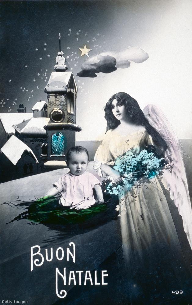 Ezt az ugyancsak olasz, 1914-ben kiadott képeslapot már nem komponálták ennyire szájbarágósra; ami azt illeti, nem is teljesen értjük, mire tették a fűcsónakban gubbasztó kisgyereket, és mit csinál a kék virágcsokrot tartó angyal, azon kívül, hogy szép.
