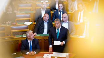 Kettő–négy titkos határozatot hoz az Orbán-kormány havonta