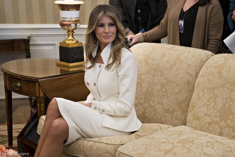 Melania Trump is egészen visszafogottnak tűnt, amikor a férjével Benjamin Netanjahut fogadták a Fehér házban.