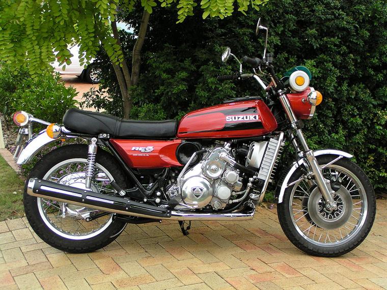 Suzuki RE5: az összes japán gyártó kísérletezett Wankel motorkerékpárral, de egyedül a Suzuki jutott el a szériagyártásig