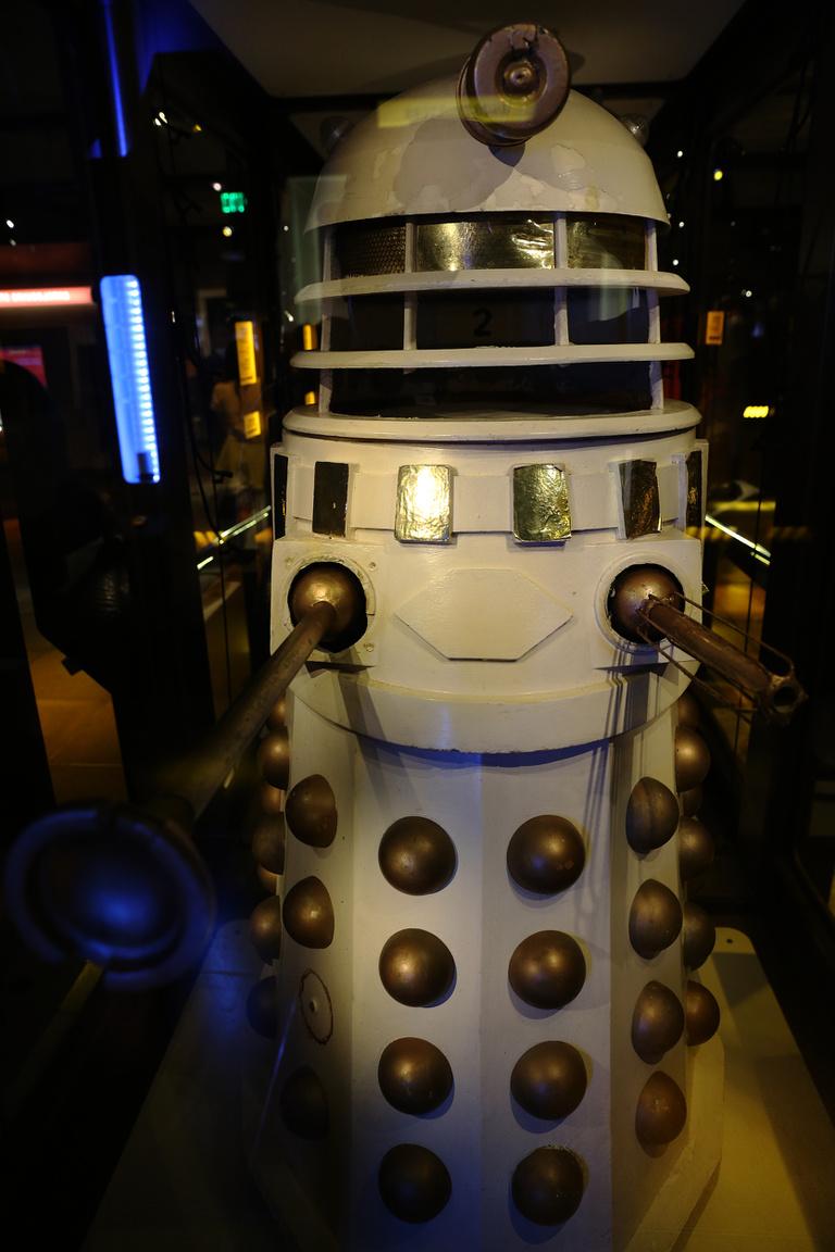 """Exterminate! – birodalmi Dalek a Dr. Who tévésorzat 1988-as """"Remembrance of the Daleks"""" (""""A Dalekok emlékezete"""") epizódjából."""