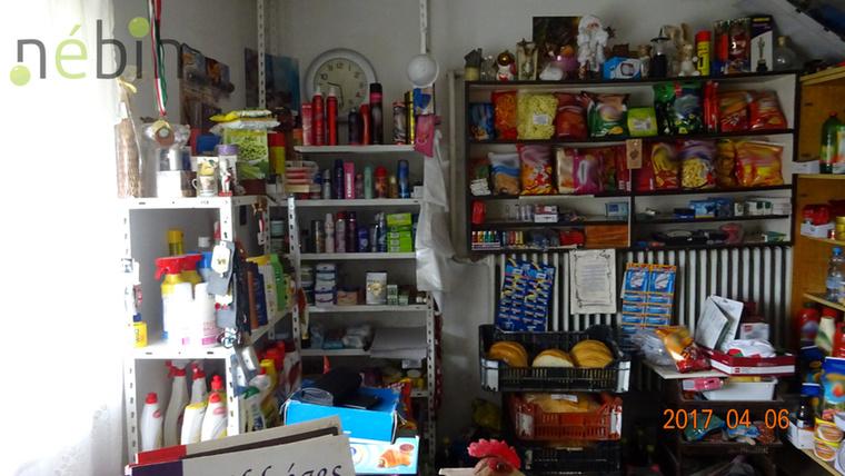 Volt 2013-ban lejárt konzerv és olyan termékek is, amikről inkább lekaparták a szavatossági időt