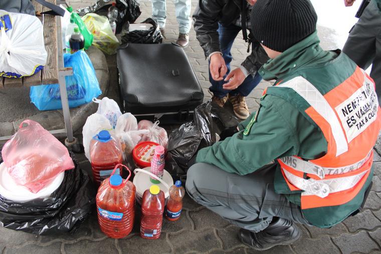 És ők azok, akik a NAV és az Europol segítségével a hamis élelmiszerektől is megszabadítják a boltokat