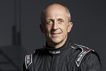 A McLarentől igazolt tesztpilótát az Aston Martin