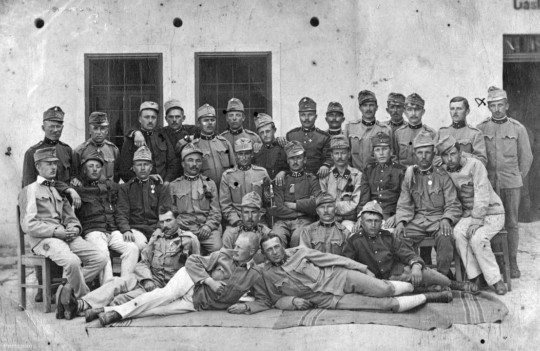 Katonai csoportkép 1914 körül