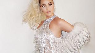Khloé Kardashian meztelenruhája alatt csak a gömbölyödő hasa van