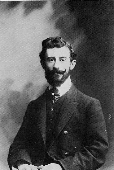 A fiatal Ravel