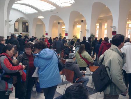 Ma délelőtt a Nyugdíjbiztosítási Főigazgatóság fiumei úti épületében (fotó: B. P. Marci)