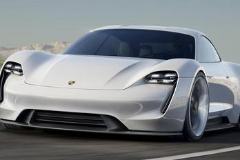 A Teslának szólogat be a Porsche
