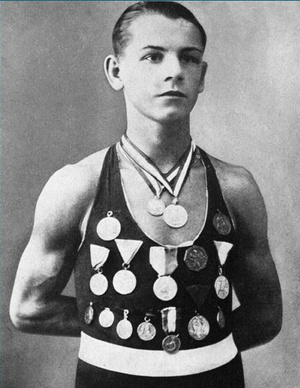 boksz Énekes-István-érmeivel