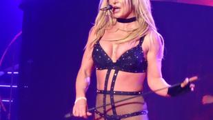 Britney Spears kőkeményen komolyan vette a szexizést az utolsó Las Vegas-i koncertjén
