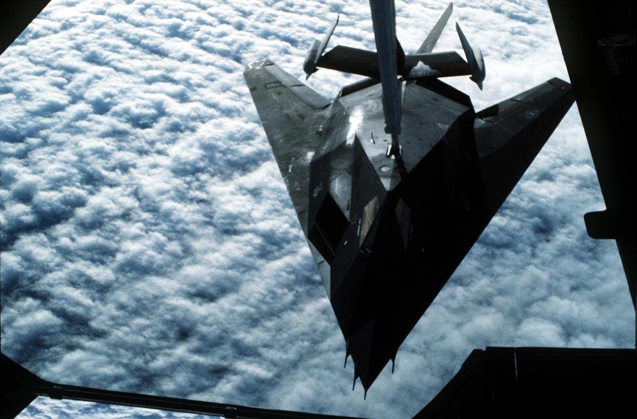 1991. Légi utántöltés, úton Szaúd-Arábia felé.